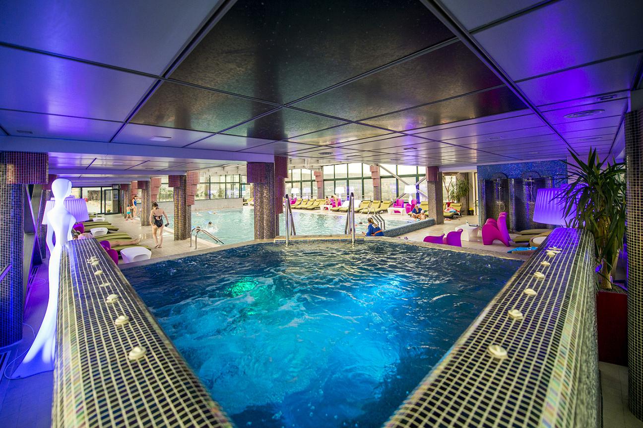 """SPA център - хотел """"Aqua Day SPA"""" - Търгу Муреш, Румъния"""